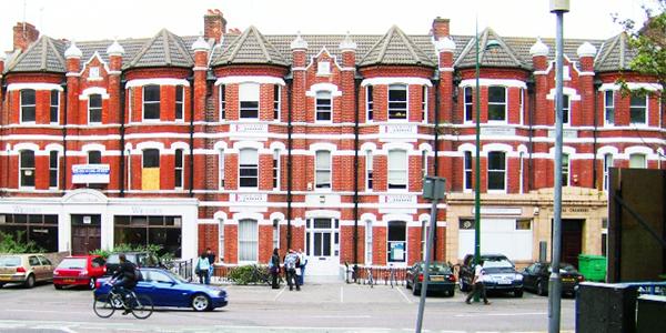 Edificio de nuestra escuela en Bournemouth