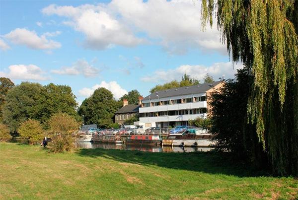 Vista general de la residencia en Cambridge
