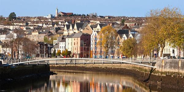 La ciudad de Cork en Irlanda