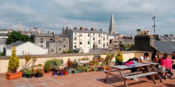 Terraza de nuestra escuela en Dublin Dun Laoghaire