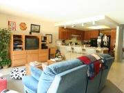 ec_san_diego_accommodation_host_family_kitchen_living_0