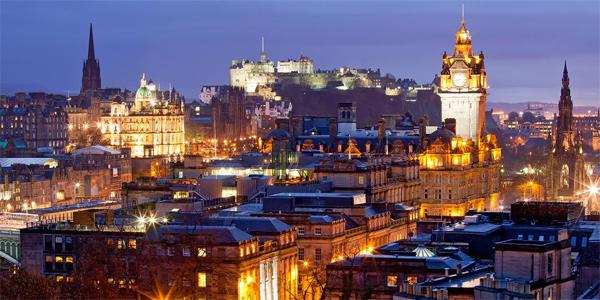 Edimburgo de noche