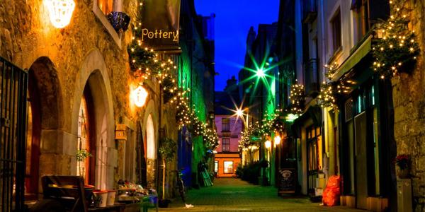 Calle de Galway por la noche