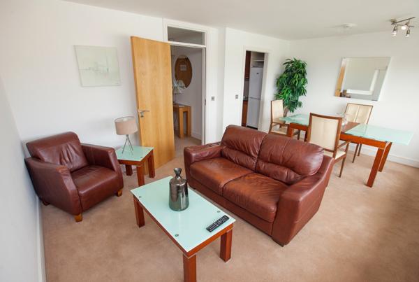 Salon apartamento Galway Adultos