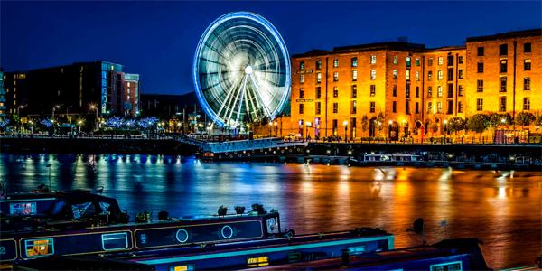 Albert Dock de noche