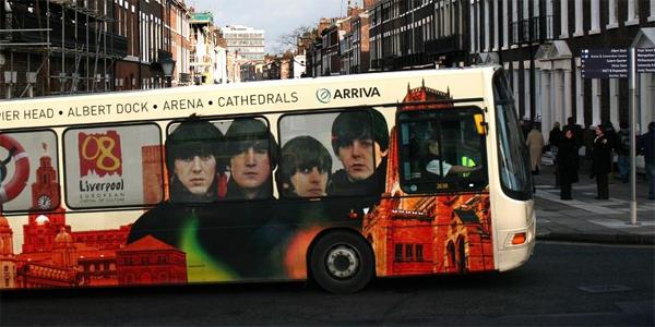 Autobús de Liverpool con los Beatles