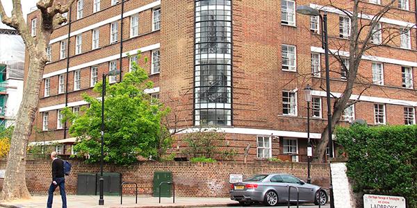 Edificio residencia Bowden Court