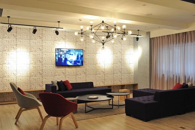 Salón de TV en Hotel