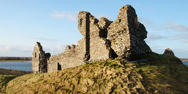 Ruinas de Clonmacnoise en Athlone