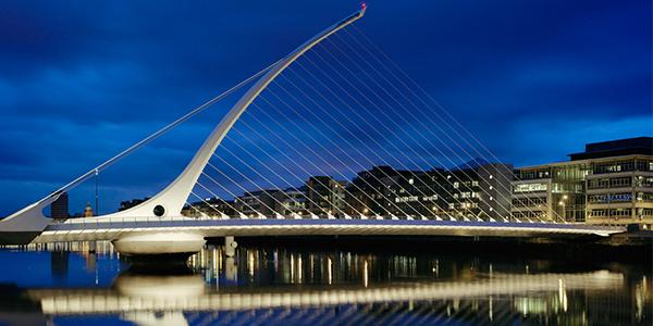 Puente de Santiago Calatrava en Dublin