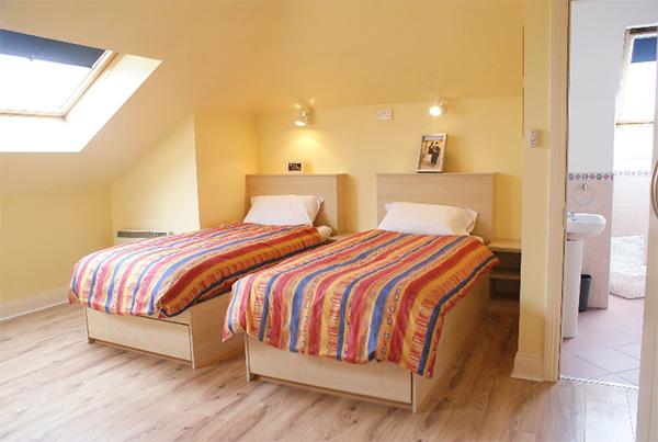 Dormitorio en habitaciones twin de la residencia