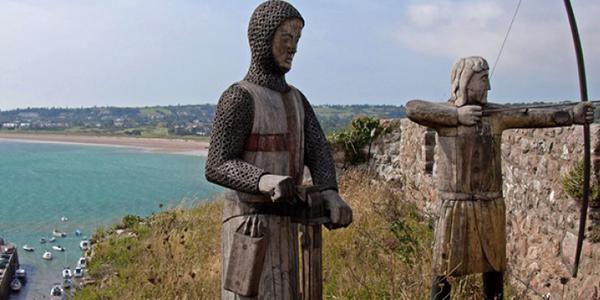 Estatuas del castillo de Gorey