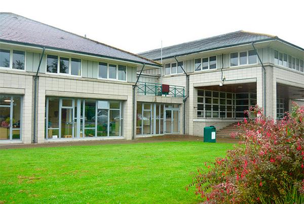 Edificio de nuestro instituto en Gorey