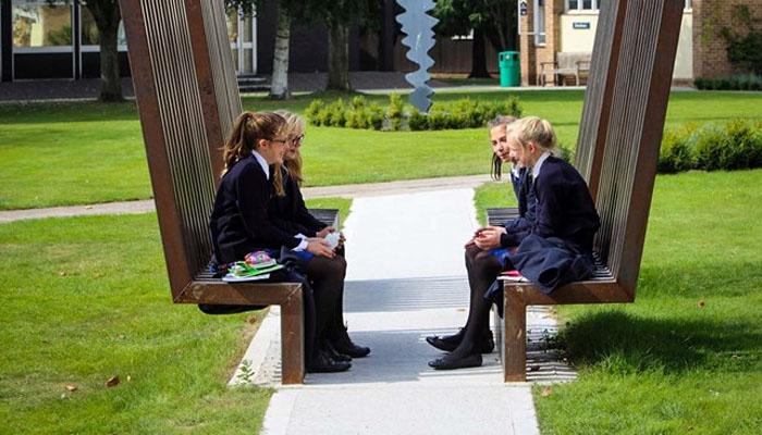 Grupo de amigos en Taunton School